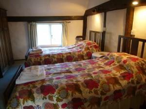 Mistletoe_bedroom