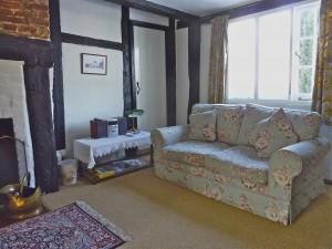 Mistletoe_sittingroom